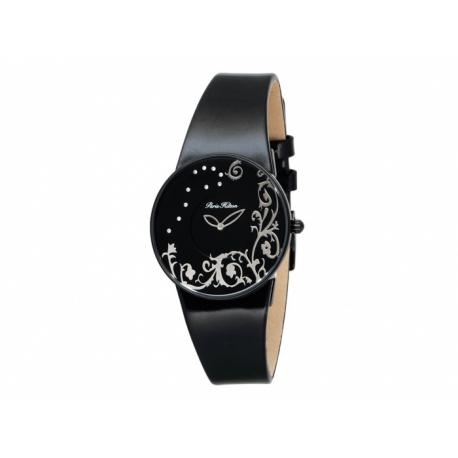 Paris Hilton hodinky s okrúhlym kovovým ciferníkom a s koženým náramkom.